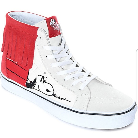 38ac4aea2eea Vans x Peanuts Charlie Brown Snoopy Sk8-Hi Moc. M 5b1fda9b9539f7252b576cf5